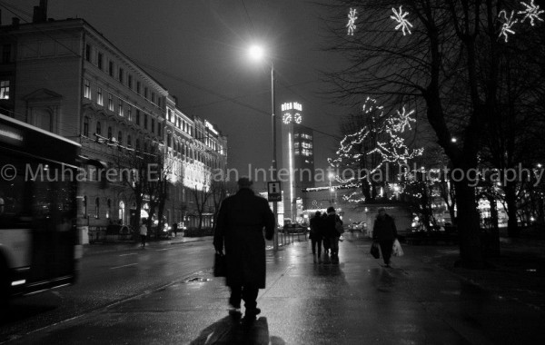 Night Impressions – On the way to Central Station and Neo Sky Bar – Riga 06-12-2014