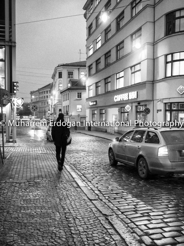 Night Impressions – On the way to Central Station  – Riga 04-12-2014